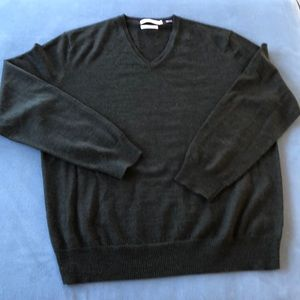 Calvin Klein cool classic v-neck sweater